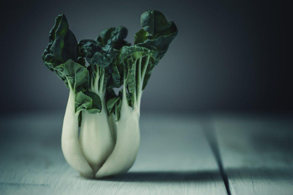ビーガンやヴェジタリアンに重要な鉄分源の緑黄色野菜