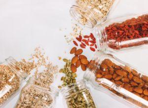 ヴィーガンに不足しがちな亜鉛を豊富に含むナッツやシード
