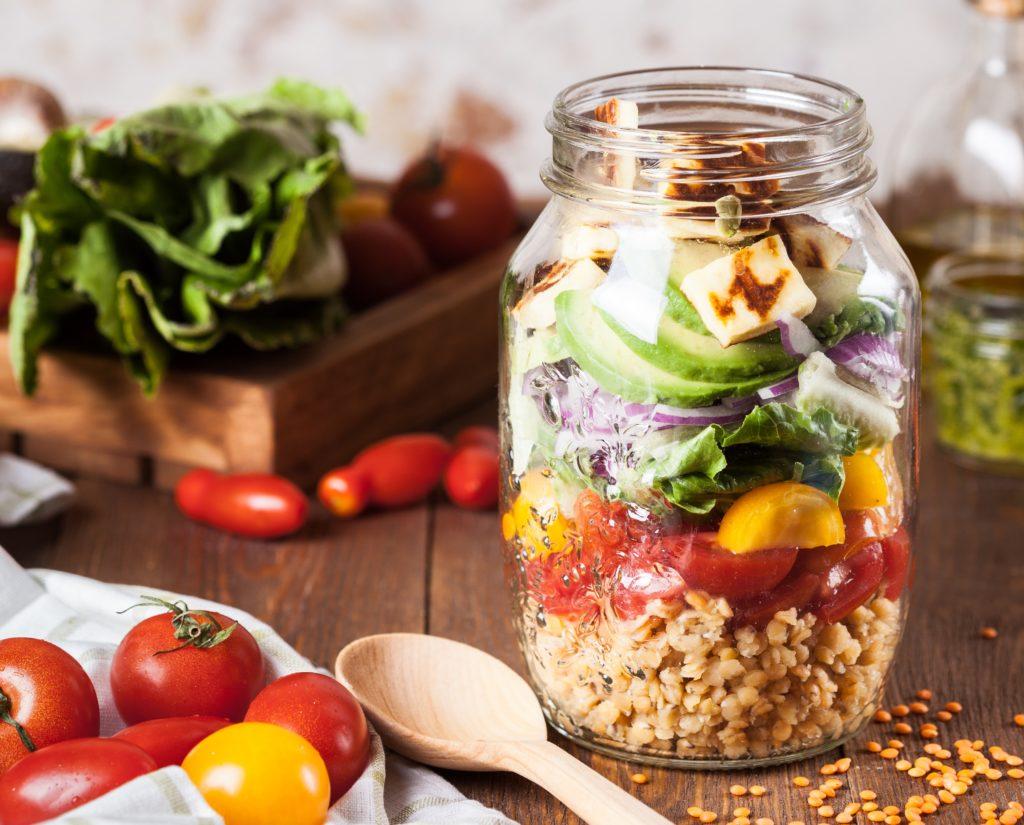 栄養素がぎゅっと詰まった健康的なビーガンミールやヴェジタリアンミール